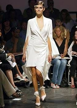 Diane von Furstenberg Spring 2004 Ready-to-Wear Collections 0001