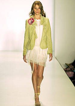 Nicole Miller Spring 2004 Ready-to-Wear Collections 0001