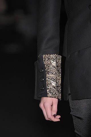 Joint, Style, Black, Nail, Blazer, Street fashion, Monochrome photography, Suit trousers, Black-and-white, Little black dress,