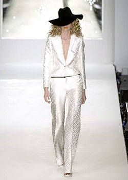 Boudicca Spring 2004 Ready-to-Wear Collections 0001