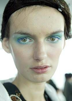 Paul Smith Spring 2004 Ready-to-Wear Backstage 0001