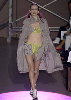 Rafael Lopez Spring 2004 Ready-to-Wear Collections 0001