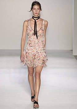 Nicole Farhi Spring 2004 Ready-to-Wear Collections 0001