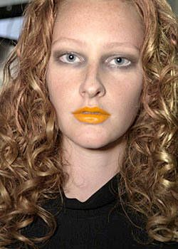 Boudicca Spring 2004 Ready-to-Wear Backstage 0001