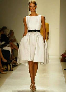 Oscar de la Renta Spring 2004 Ready-to-Wear Collections 0001