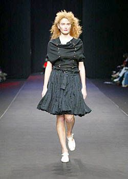 Blaak Spring 2004 Ready-to-Wear Collections 0001
