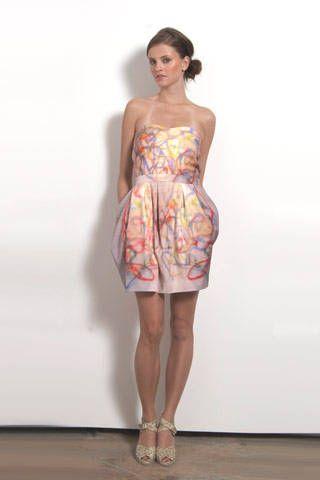 Clothing, Leg, Dress, Human leg, Shoulder, Joint, Standing, One-piece garment, Waist, Style,