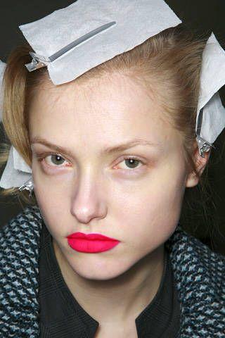Lip, Eye, Hairstyle, Chin, Forehead, Eyebrow, Eyelash, Style, Headgear, Organ,
