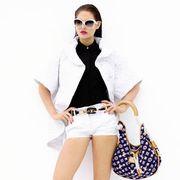 Clothing, Eyewear, Leg, Product, Sleeve, Shoulder, Textile, Human leg, Joint, White,