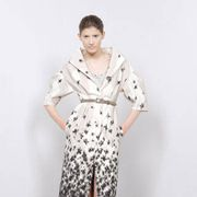 Brown, Collar, Sleeve, Shoulder, Textile, Joint, Human leg, Standing, White, Style,