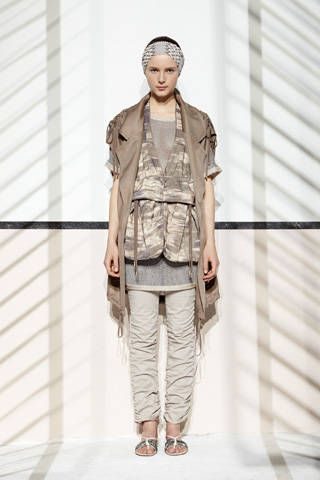Sleeve, Collar, Standing, Khaki, Style, Cap, Fashion, Waist, Pattern, Street fashion,