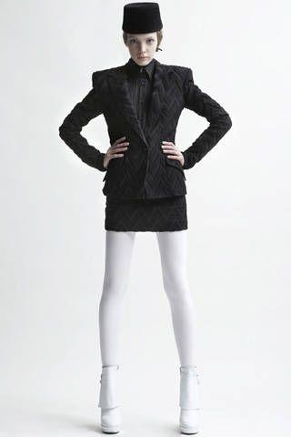 Sleeve, Shoulder, Collar, Human leg, Standing, Textile, Joint, White, Coat, Hat,