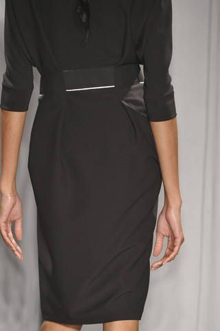 Finger, Sleeve, Shoulder, Collar, Dress, Standing, Hand, Joint, Human leg, Formal wear,