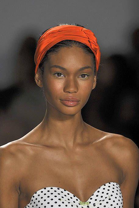 Nose, Lip, Skin, Forehead, Shoulder, Eyebrow, Eyelash, Style, Beauty, Headgear,