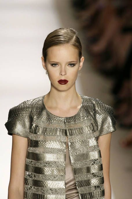 Clothing, Ear, Lip, Hairstyle, Sleeve, Shoulder, Earrings, Eyelash, Fashion show, Style,