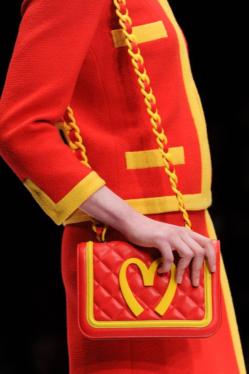 moschino fall 2014 ready-to-wear photos