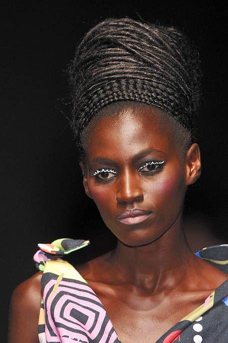 Nose, Lip, Hairstyle, Eyebrow, Eyelash, Style, Earrings, Beauty, Art, Eye shadow,