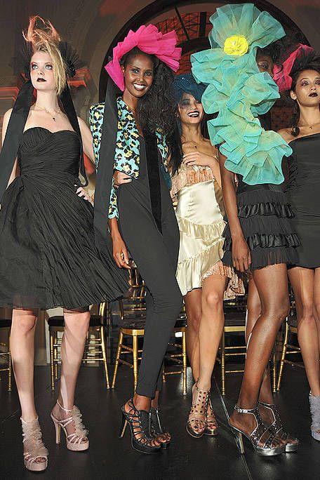 Clothing, Face, Footwear, Head, Leg, Dress, Event, Style, Hat, Formal wear,