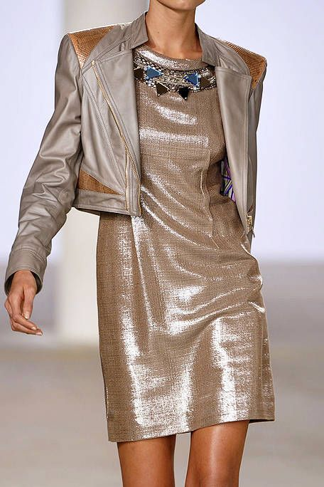 Clothing, Sleeve, Shoulder, Textile, Joint, Dress, Collar, Fashion model, One-piece garment, Fashion show,