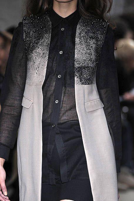 Clothing, Collar, Coat, Textile, Outerwear, Style, Blazer, Jacket, Street fashion, Fashion,