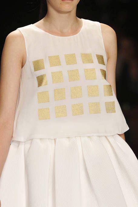 Shoulder, White, Summer, Sleeveless shirt, Fashion, Neck, Grey, Beige, Ivory, Fashion model,