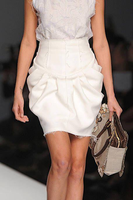 Clothing, Brown, Human leg, Shoulder, Joint, White, Dress, Style, One-piece garment, Fashion model,