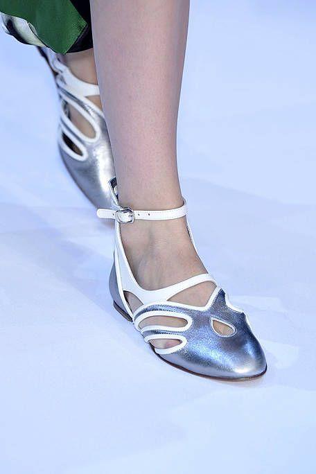 Footwear, Blue, Human leg, Joint, Toe, Foot, Fashion, Azure, Grey, Sandal,
