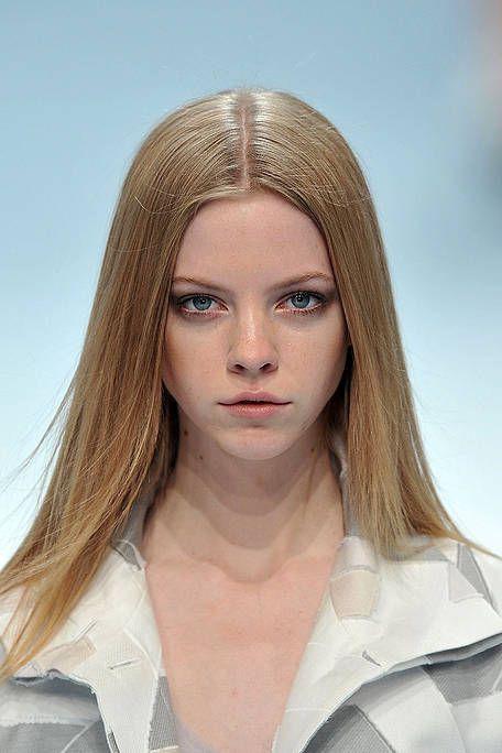 Lip, Hairstyle, Chin, Forehead, Eyebrow, Collar, Jaw, Iris, Eyelash, Blond,