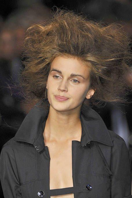 Clothing, Lip, Hairstyle, Chin, Forehead, Jacket, Eyebrow, Collar, Style, Street fashion,