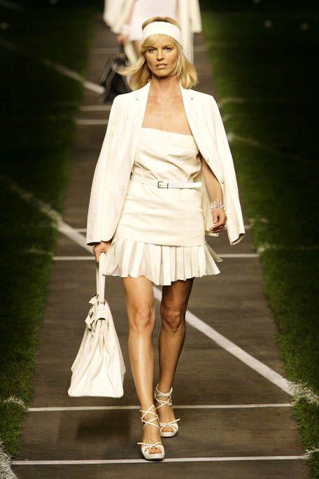 White, Human leg, Dress, Fashion accessory, Style, Street fashion, Fashion model, Fashion, Beauty, High heels,