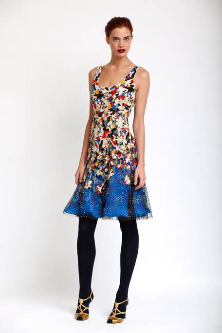 Clothing, Sleeve, Shoulder, Textile, Joint, Standing, Style, Pattern, Electric blue, Fashion,