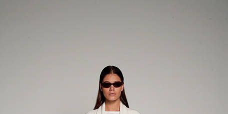 Sleeve, Joint, Outerwear, Style, Street fashion, Fashion, Sunglasses, Fashion model, Knee, Costume design,