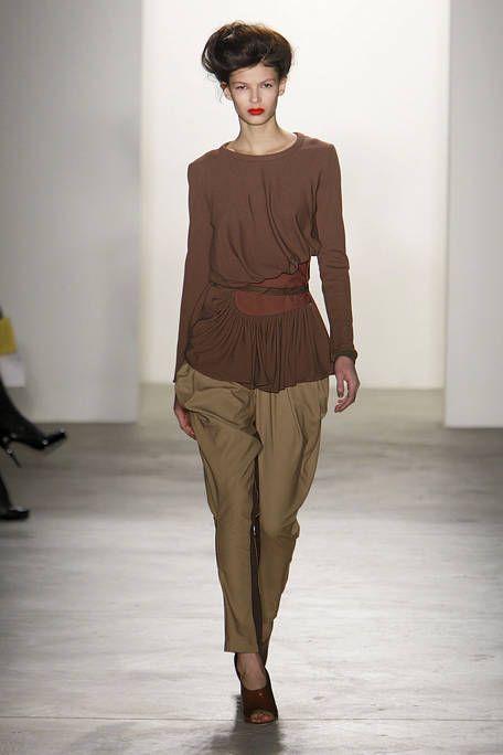 Brown, Sleeve, Shoulder, Joint, Waist, Khaki, Style, Fashion model, Fashion, Neck,