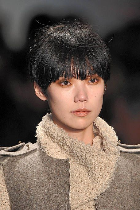 Lip, Hairstyle, Chin, Eyebrow, Style, Bangs, Black hair, Fashion, Fur, Street fashion,