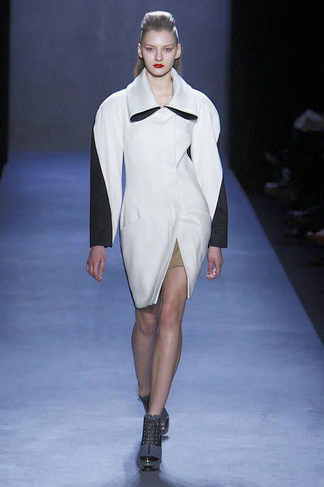 Clothing, Fashion show, Shoulder, Joint, Outerwear, Runway, Fashion model, Style, Formal wear, Fashion,