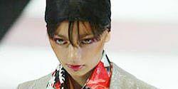 Giorgio Armani Spring 2004 Ready-to-Wear Detail 0001