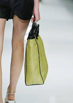 Burberry Prorsum Spring 2004 Ready-to-Wear Detail 0001