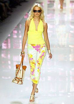 Versace Spring 2004 Ready&#45&#x3B;to&#45&#x3B;Wear Collections 0001