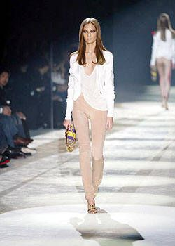 Gucci Spring 2004 Ready-to-Wear Collections 0001