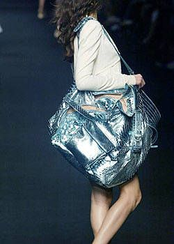 Alessandro Dell'Acqua Spring 2004 Ready-to-Wear Detail 0002