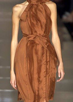 Alberta Ferretti Spring 2004 Ready-to-Wear Detail 0001