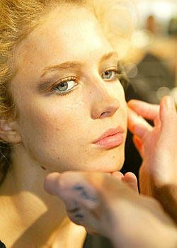 Roberto Cavalli Spring 2004 Ready-to-Wear Backstage 0003