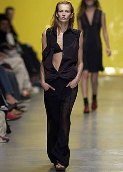 Fause Haten Spring 2004 Ready-to-Wear Collections 0003