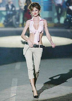 DSquared2 Spring 2004 Ready&#45&#x3B;to&#45&#x3B;Wear Collections 0001