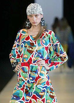 Missoni Retrospective Spring 2004 Ready-to-Wear Detail 0001