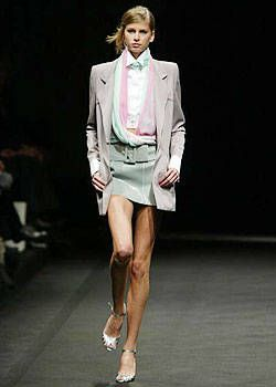 Lagerfeld Gallery Spring 2004 Ready-to-Wear Collections 0001