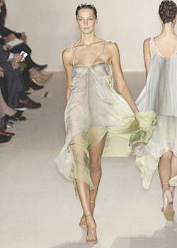 Stella McCartney Spring 2004 Ready&#45&#x3B;to&#45&#x3B;Wear Collections 0002