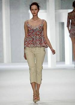 Cacharel Spring 2004 Ready-to-Wear Collections 0003