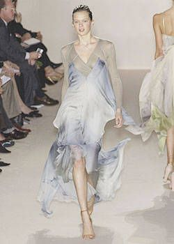 Stella McCartney Spring 2004 Ready&#45&#x3B;to&#45&#x3B;Wear Collections 0003