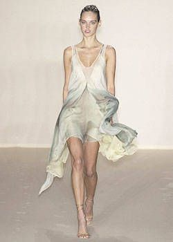 Stella McCartney Spring 2004 Ready-to-Wear Collections 0001